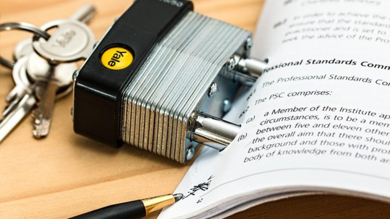 переоформить кредит на другого человека втб заявка на кредит отп банка